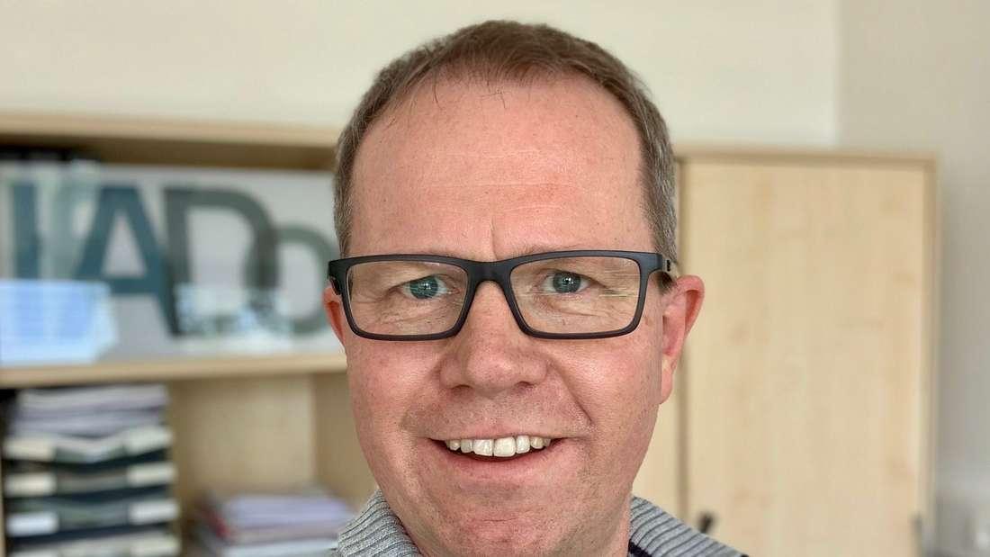 Prof. Dr. Carsten Watzl