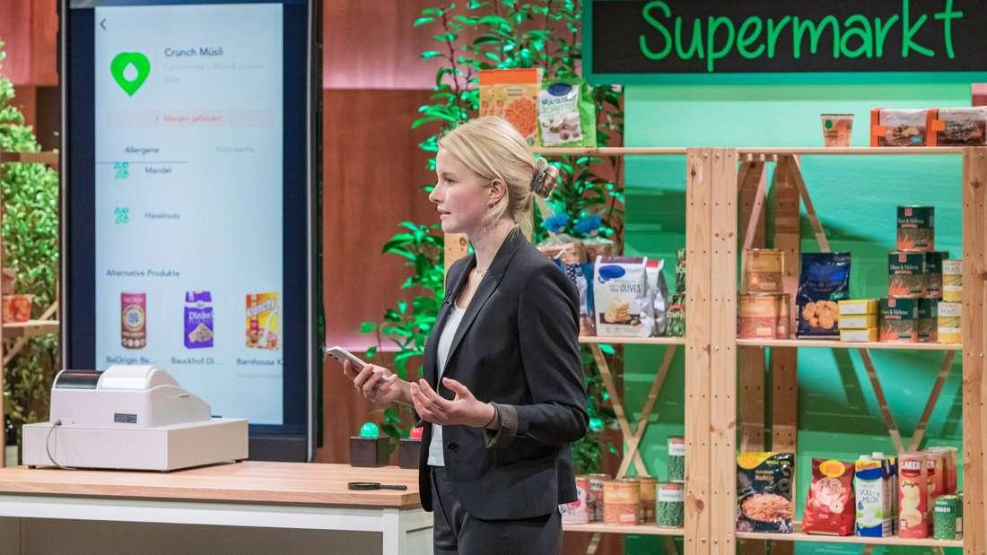"""In der TV-Show """"Höhle der Löwen"""" stellt Victoria Noack  """"HealthMe"""" vor – eine Analyse-App für Lebensmittel (Symbolbild)"""